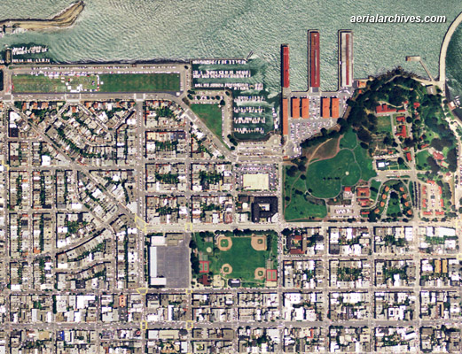 &copy aerialarchives.com  aerial map of San Francisco AHLV2011