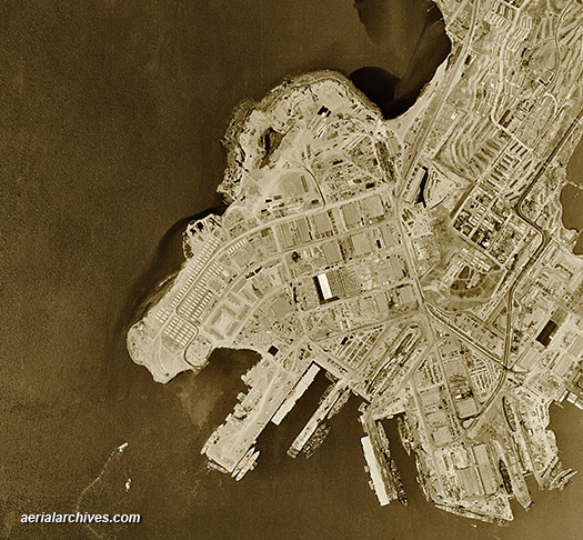 graphics &copy aerialarchives.com,  historical aerial Hunters Point 1946 San Francisco, CA AHLV3506